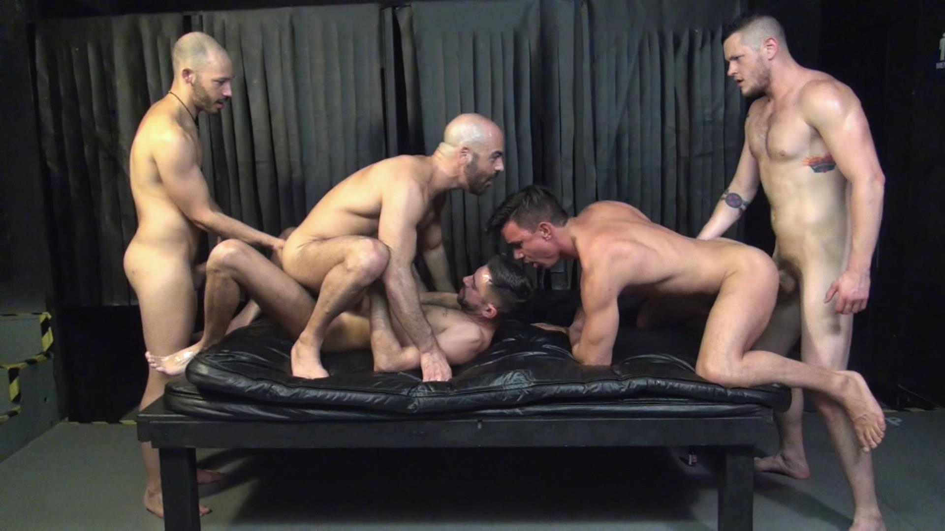 Raw-Fuck-Club-Blue-Bailey-and-Dylan-Strokes-and-Adam-Russo-and-Dean-Brody-and-Jay-Brix-Bareback-Orgy-Amateur-Gay-Porn-2 Adam Russo Getting Double Penetrated At A Bareback Sex Party