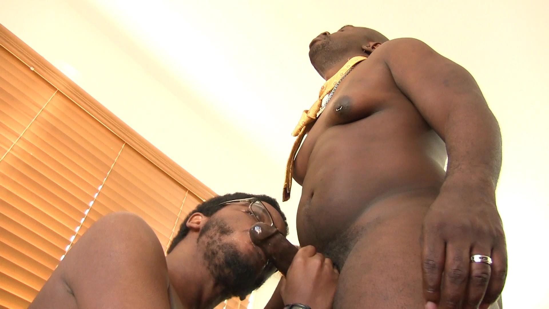 Bareback-Me-Daddy-Daemon-Sadi-and-Donny-Ray-Black-Daddy-Fucking-A-Twink-Bareback-Amateur-Gay-Porn-08 Black Daddy Barebacks His Black Twink With His Big Black Dick